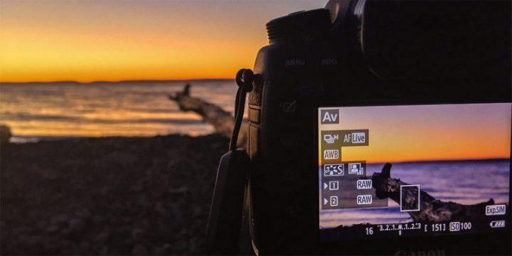 Sự khác nhau giữa các loại máy ảnh DSLR và Mirrorless