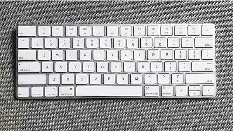 Hướng dẫn cách kiểm tra mức pin bàn phím Apple Magic trong macOS