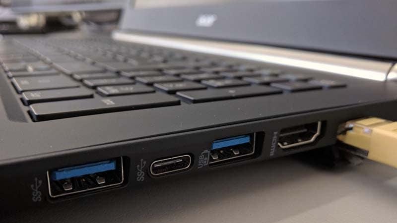 Hướng dẫn cách khóa cổng USB trong Windows 10